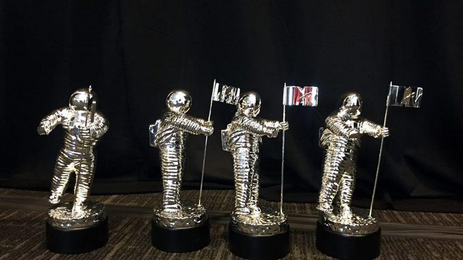 mtv-vmas-trophies-2016-billboard-embed